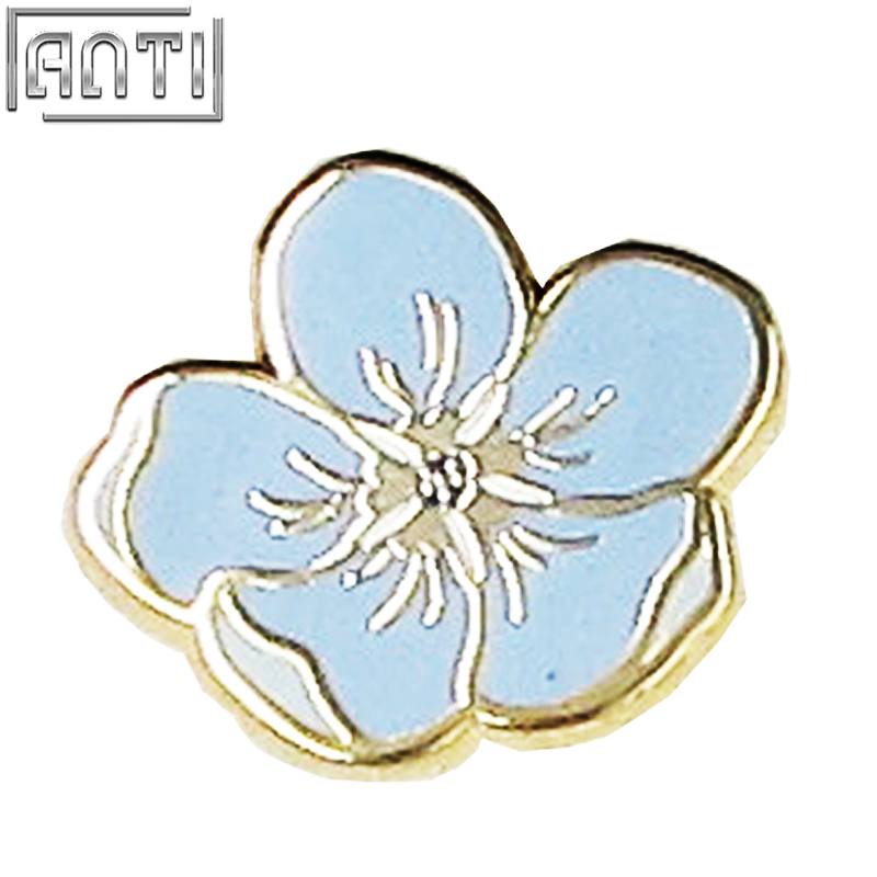 Wholesale manufacturer beauty light blue flower hard enamel zinc alloy lapel pin