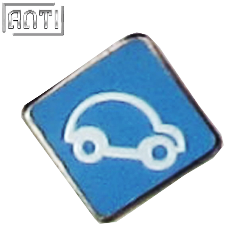 Wholesale squares simple pattern Blue and white car black nickel hard enamel lapel pin
