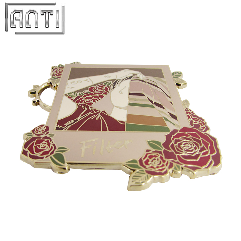 Custom Design High Quality Red Rose And Beauty Man Hard Enamel Zinc Alloy Badge